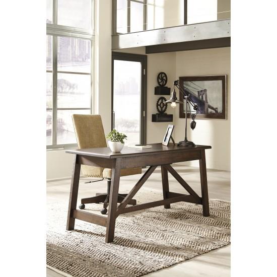 Baldridge - Home Office Large Leg Desk